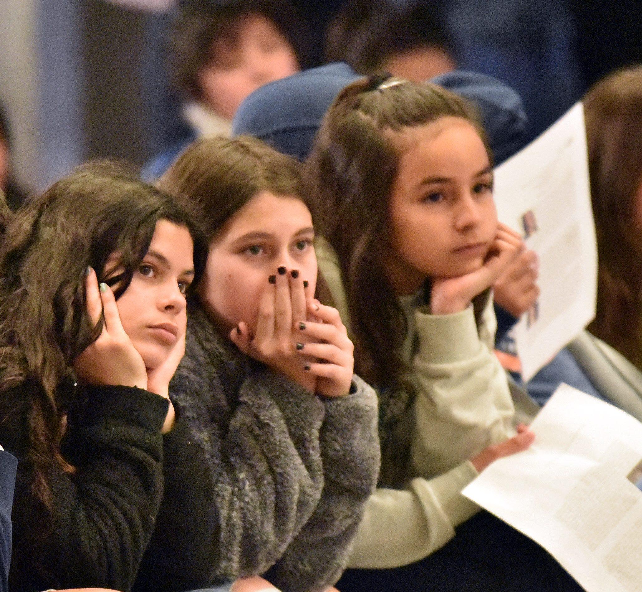 Destacadas científicas inspiran a decenas de niñas en la UDP