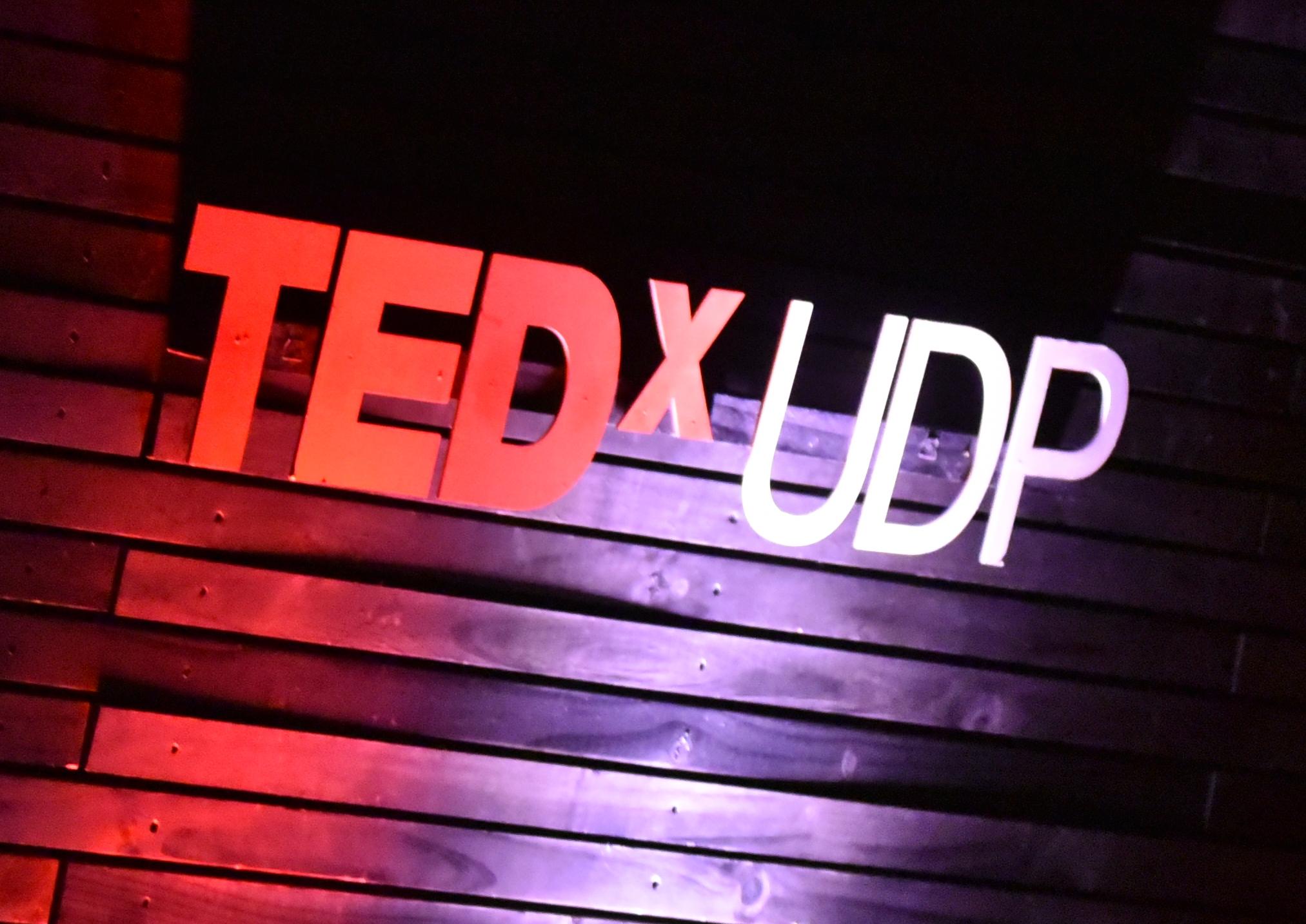 Nueva versión de charlas TEDxUDP deleita al público